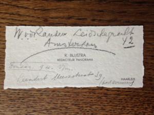 Visitekaartje van R. Blijstra met handschrift van Pierre Kemp (onder).